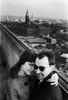 Jean-Luc Godard et Anna Karina -- love them both. Want her coat and his glasses.