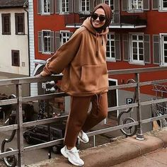 Hijab styles 600949144004804838 - How to wear colorful hijab in winter – Just. Hijab styles 600949144004804838 – How to wear colorful hijab in winter – Just Trendy Girls Sou Modest Fashion Hijab, Modern Hijab Fashion, Street Hijab Fashion, Casual Hijab Outfit, Muslim Fashion, Casual Outfits, Dress Fashion, Fashion Shoes, Mode Adidas
