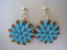 SuperDuo seed beads and Swarovski crystals earrings.