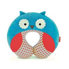 Owl Travel Neck Pillow $13 at www.owlness.com