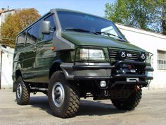 Iveco Daily 4x4 - These would be so rad in the States