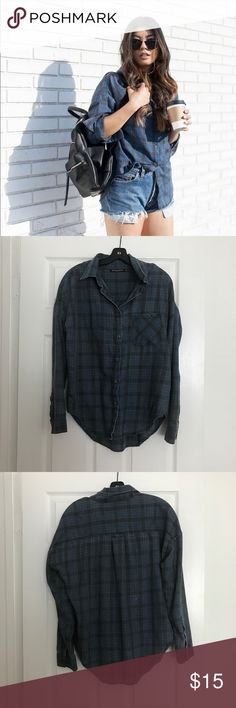 BEANDY MELVILLE VINTAGE FLANNEL TOP Worn a few times and still in great condition. This item is one size only! Brandy Melville Tops Button Down Shirts