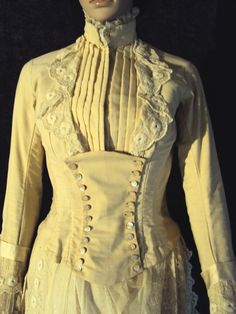 All The Pretty Dresses: Ivory 1880's Neat Looking Bustle Dress -that already looks steampunk