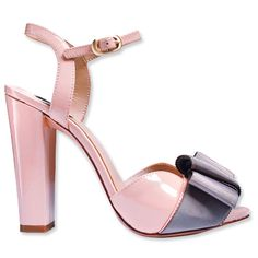 Joan & David Patent Leather Heel http://www.instyle.com/instyle/package/general/photos/0,,20578365_20577376_21129949,00.html