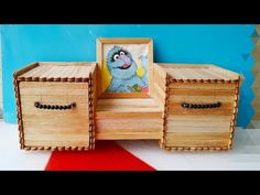 How to make a jewelry Box / diy / Popsicle sticks Crafts کاردستى, با چوب ايسکريم Pop Stick Craft, Popsicle Stick Crafts House, Ice Cream Stick Craft, Stick Art, Popsicle Sticks, Craft Stick Crafts, Diy Arts And Crafts, Diy Crafts, Rama Seca