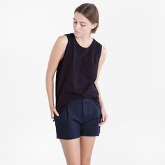 Show off your arms with a sophisticated sleeveless top like this one. // The Muscle Tank in Black by Everlane Young Fashion, Muscle Tanks, Black Tank, Work Casual, Who What Wear, Style Inspiration, Fashion Outfits, My Style, How To Wear