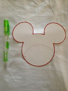 A must-have for your next Disney trip.: DIY: Tie-dye Mickey Mouse t-shirt