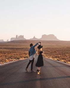 """kodiakstag: """" Always loved photographing romance, never really thought I'd photograph my own. Slow dances at sunset with @kjpinc ✨ (at Monument Valley, Arizona/Utah) """""""