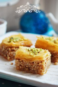 Eileen Cuisine: Baklava / Baclava Had some in Florida and loved it.  Want to try sometime.