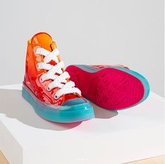 e6ee7081e69b69 CONVERSE X JW ANDERSON PATENT LEATHER CHUCK 70 TOY HIGH TOP - Leather Chuck  Taylors