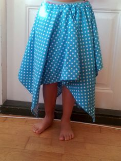 Skirt with attitude - no tutorial but when you see the pic you know how it's made. Square Skirt, How To Make Clothes, Stylish Kids, Birthday Presents, Attitude, Kids Outfits, Sewing, Skirts, Shopping