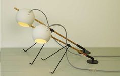 Grasshopper by Rebob - the new playful lamp that you can turn around!