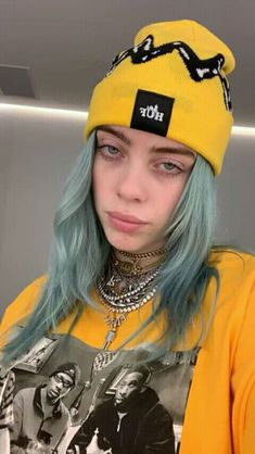 Listen to every Billie Eilish track @ Iomoio Billie Eilish, Videos Instagram, Me As A Girlfriend, Portrait, Role Models, My Idol, Cover, Celebs, Guys