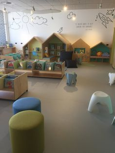 160 Fun Kids Playroom Ideas To Inspire You Page 16 Daycare Design, Classroom Design, Classroom Decor, Kindergarten Interior, Kindergarten Design, Kids Indoor Playground, Playground Design, Kids Play Area, Kids Room