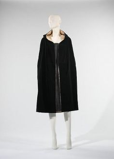 Madeleine Vionnet, Evening Cape, ca. 1925, The Metropolitan Museum of Art, New York