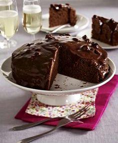 Das Rezept für Schoko-Karamell-Kuchen und weitere kostenlose Rezepte auf LECKER.de