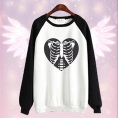 6d3cf209739 White Skeleton Heart Jumper SP168121