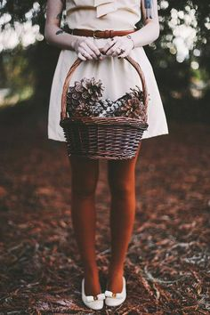 Image via We Heart It https://weheartit.com/entry/145954768 #autumn #basket #clothes #cone #fall #pine