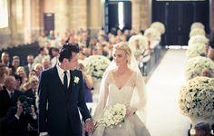 Carol Trentini linda de noiva!