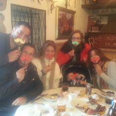 Los primeros participantes en el #BICIGOTES. Desde muy pequeñitos todos tenemos bigotes ;)