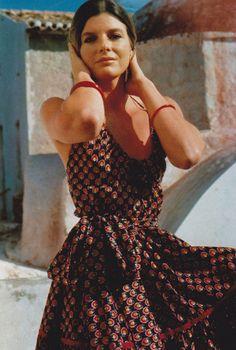 Katharine Ross. 70s summer style.