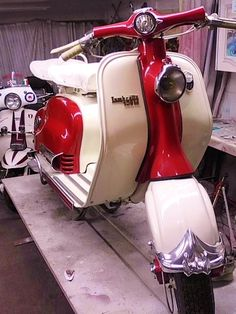 Used Mopeds & Scooters, Buy and Sell Vespa Ape, Lambretta Scooter, Vespa Scooters, Triumph Motorcycles, Vintage Motorcycles, Vespa Vintage, Mopeds For Sale, Retro Scooter, Trucks