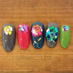 オールシーズン/パーティー/女子会/ハンド/ホログラム - nailroomUPAのネイルデザイン[No.2860947]|ネイルブック