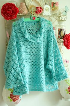A beautiful crocheted shawl/sweater from coco rose diaries blog…