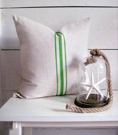 Green Pillow / Farmhouse Pillow / grainsack pillow / Modern farmhouse pillow / lake house decor / beach decor