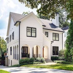 Home of the day. Designed by What are your thoughts? House Designs Exterior boycedesign Day designed Home photooftheda Thoughts Future House, Dream House Exterior, Colonial House Exteriors, Up House, House Goals, Cheap Home Decor, Home Fashion, Exterior Design, Exterior Homes