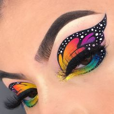 Adriana Lima's Special Makeup Secrets – Makeup Tutorial Makeup Inspo, Makeup Art, Makeup Inspiration, Makeup Ideas, Makeup Eye Looks, Cute Makeup, Butterfly Makeup, Extreme Makeup, Special Makeup