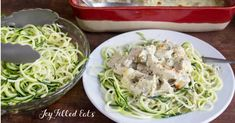 This Easy Mozzarella & Pesto Chicken Casserole has only 5 ingredients and mixes up in 5 minutes. It is a great weeknight dinner. Easy Casserole Recipes, Quick Recipes, Keto Recipes, Healthy Recipes, Dinner Recipes, Pesto Chicken, Chicken Broccoli, Healthy Chicken Dinner, Bariatric Recipes