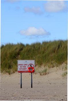 'Watch your speed!'  More pictures on wwww.vise.pictures  #speedlimit #sign #beach #buoy #pictures #sand #dune #humour