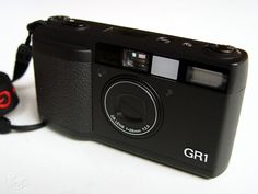 A very nice little article about the Ricoh GR1 series.