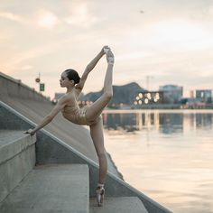 """2,607 Likes, 8 Comments - ballerina project (@ballerinaproject_) on Instagram: """"Juliet by Tempe Town Lake. #ballerina - @julietdoherty #tempetownlake #tempe #ballerinaproject…"""""""