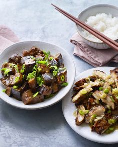 Ken Hom works wonders with a pair of dishes that will make a Chinese New Year feast. Spicy, crisp Sichuan fried chicken is the perfect foil to tender, melt-in-the-mouth aubergines. Chinese Chicken, Chinese Food, Crispy Chicken, Fried Chicken, Ken Hom, Aubergine Recipe, Dinners To Make, Main Meals, Asian Recipes