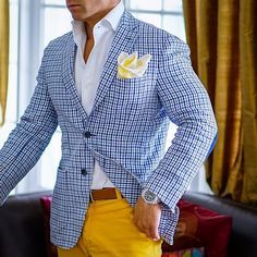 Hi, here are some perfecto casual outfits for men. Getting a good casual wear for men are most times difficult. But check out these perfect casual outfits for men. Gq Style, Men Style Tips, Sharp Dressed Man, Well Dressed Men, Mens Fashion Suits, Mens Suits, Stylish Men, Men Casual, Smart Casual