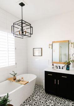 Black and white bathroom remodel study interior design black Mold In Bathroom, Bathroom Renos, Bathroom Renovations, Small Bathroom, Home Remodeling, Remodel Bathroom, Dyi Bathroom, Chandelier In Bathroom, Bohemian Bathroom