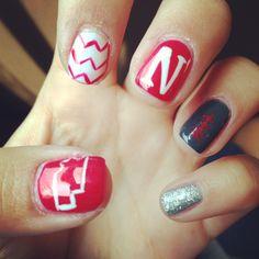 HUSKER nails!!! Gbr ❤