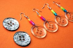 Yet another idea for button earrings. I like the idea of the button being clear, twill be able to match with smore Beaded Jewelry Designs, Jewelry Art, Jewlery, Button Earrings, Diy Earrings, Vintage Jewelry Crafts, Handmade Jewelry, Craft Stick Crafts, Bead Crafts