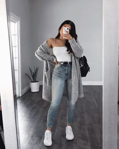39 Basics Of Grunge Style And Modern Interpretation 35 &; Mode 39 Basics Of Grunge Style And Modern Interpretation 35 &; Mode Opal Wolfe OpalClothingg Opalclothing 39 Basics Of Grunge Style […] outfits ideas Cute Comfy Outfits, Cute Fall Outfits, Casual Winter Outfits, Winter Fashion Outfits, Look Fashion, Cute Simple Outfits, Fashion Mode, Simple Outfits For School, Fashionable Outfits