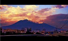 Vesuvius at Sunset  #pompeii #vesuvius #vesuvio #faunopompei #travel #italy #napoli #volcano #ruins #mountvesuvius #pompei #mountain #excursions #travel #italy #faunopompei #naples #climb