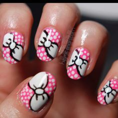 I want to try this with red instead of pink. or maybe black background, white dots and a red bow. :)