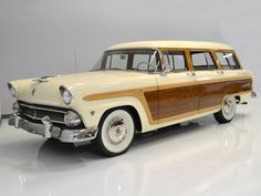 1955 Ford Country Squire Station Wagon for sale #1635325   Hemmings Motor News