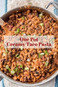beef sausage One pot taco mac is an insanely delicious homemade hamburger helper recipe. Cooked in one pan under 30 minutes, the pasta simmers away in a flavorful taco meat sauce for a de Taco Pasta Recipes, Sauce Recipes, Lunch Recipes, Vegetarian Recipes, Dinner Recipes, Hamburger Helper Recipes, Homemade Hamburgers, Small Pasta, Quick Weeknight Dinners