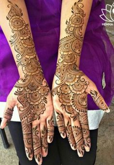 Latest Mehendi Designs for Hands & Legs - Happy Shappy Khafif Mehndi Design, Mehndi Designs Book, Full Hand Mehndi Designs, Mehndi Designs For Girls, Mehndi Designs 2018, Stylish Mehndi Designs, Wedding Mehndi Designs, Mehndi Design Pictures, Beautiful Henna Designs