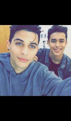 CNCO: Erick and Joel(the dude in the backround) ❤✨ 23 November, I Love You Forever, Boyfriend Goals, I Love One Direction, Man Crush, Celebrity Crush, Future Husband, Cute Boys, Boy Bands