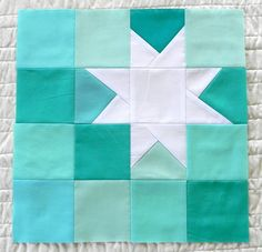 star aqua teal turquoise quilt - love this! Colors & off-centeredness. Would make a cool wall hanging or framed/hooped piece! colors though) Star Quilt Blocks, Star Quilts, Quilt Block Patterns, Mini Quilts, Pattern Blocks, Scrappy Quilts, Quilting Projects, Quilting Designs, Quilting Ideas