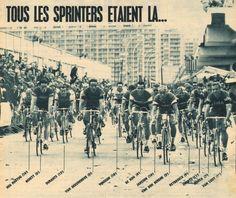 """Tour de France 1965. 22-06-1965, 1^Tappa. Colonia - Liegi. Dreixhe. La volata vincente di Rik Van Looy (1932) vincitore di tappa e maglia gialla. Nella foto un vero e proprio """"parterre de roi"""": tra gli altri i nostri Gianni Motta (1943) e Adriano Durante (1940-2009), l'ex campione del mondo Benoni Beheyt (1940), Georges Vandenberghe (1941-1983), Jo De Roo (1937), i futuri vincitori di Tour Roger Pingeon (1940) e Jan Janssen (1940), Arie Den Hartog (1941) e Roger Swerts (1942) [Miroir Sprint]"""