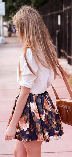 Street style | White shirt, floral printed dress